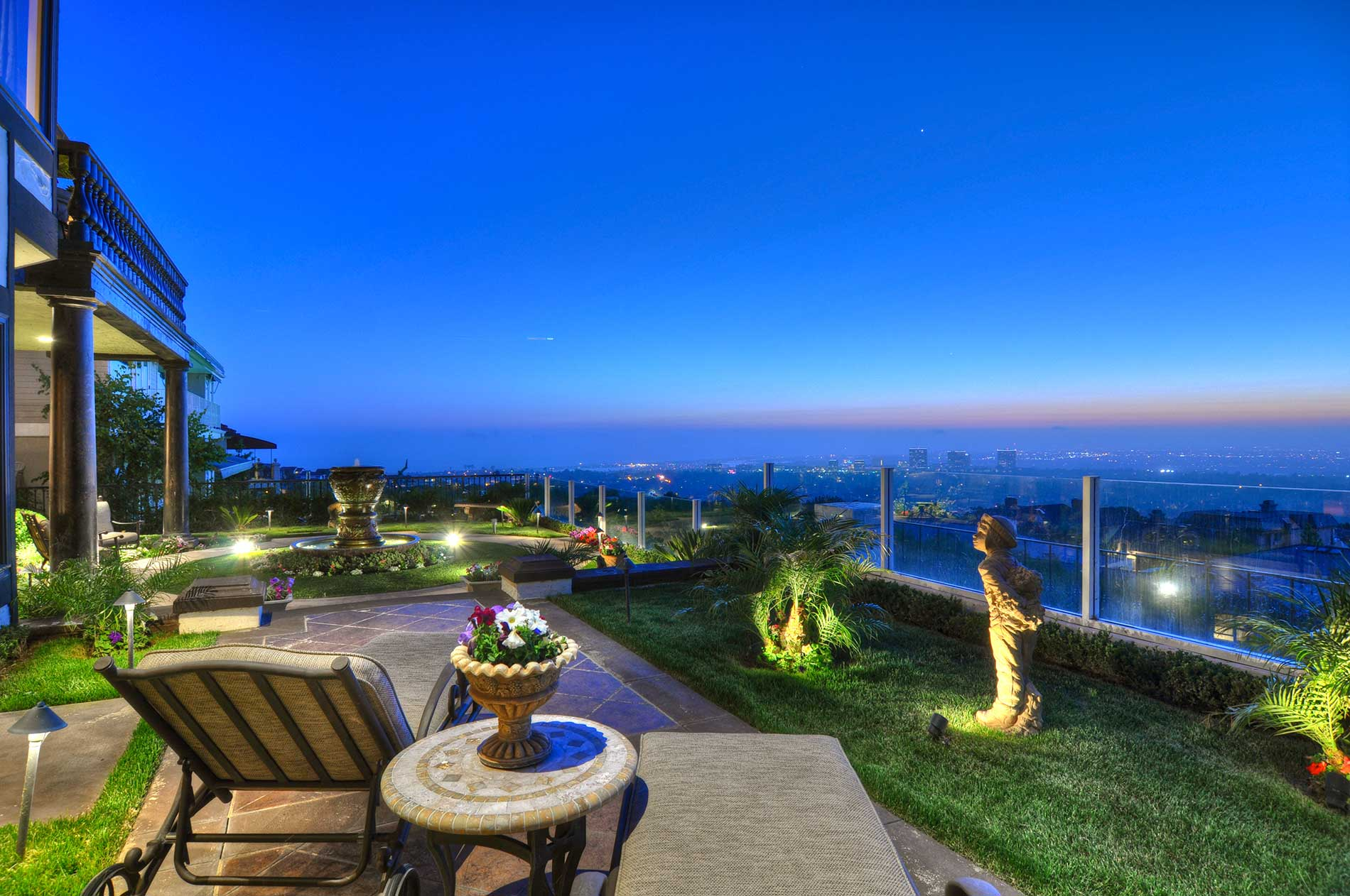 Newport Beach Luxury Homes With view